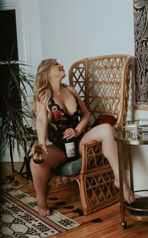 Graciane outcall escorts Lowell