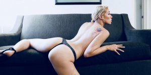 Kora topless incall escorts in Bay Point